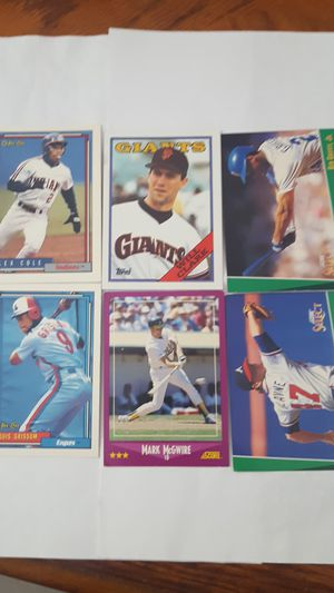 Old Baseball Assorted Cards for Sale in Las Vegas, NV