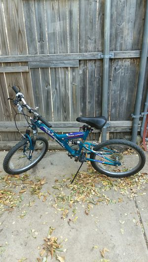 Roadnaster Ridge Jumper 20 inch childs bike for Sale in Arlington, TX