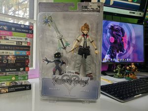 Kingdom Hearts Figure Set - Roxas & Soldier NEW! for Sale in Stone Mountain, GA