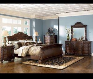 5 piece king bedroom set - north shore model for Sale in Ashburn, VA