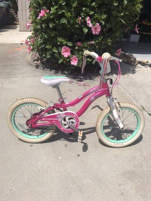 Schwinn Girls 16 inch bike for Sale in Escondido, CA