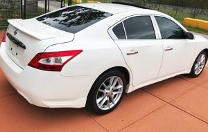 Don't Miss 2O1O Nissan Maxima FWDWheels for Sale in Des Moines, IA