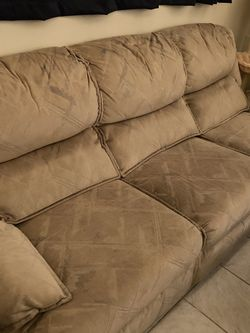 Free couch (need tools/be able to carry the seats) for Sale in Chicago,  IL