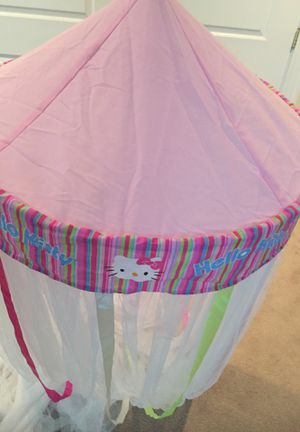 Hello Kitty Canopy for Sale in Saugus, MA