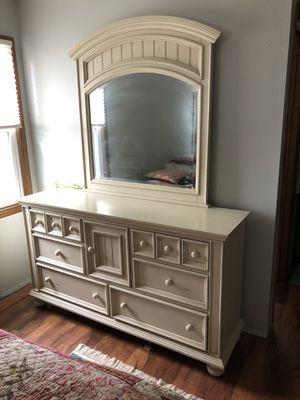 Bedroom set. for Sale in Virginia Beach, VA