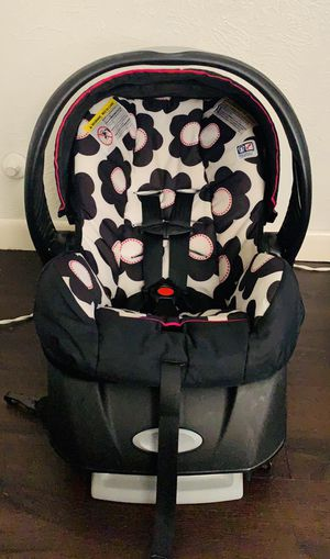 Evenflo Infant Car Seat for Sale in Mesquite, TX