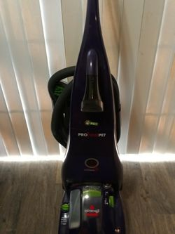 Bissell Proheat Carpet Cleaner With All Attachments for Sale in Atlanta,  GA