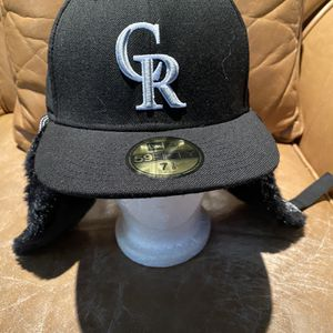 New MBL Colorado Rockies Dog Chain Style Hat Size 7 3/8 for Sale in Fresno, CA