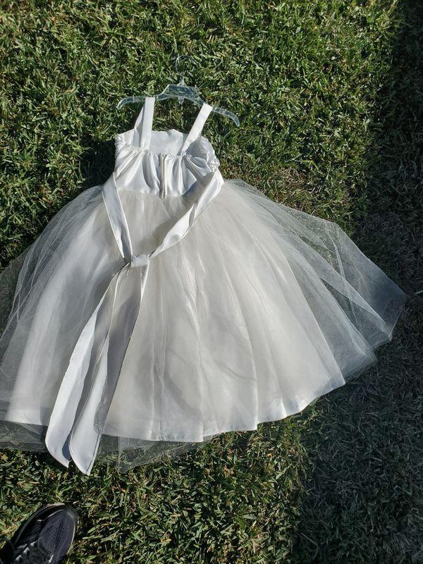Girls White flower girl/haloween costume dress