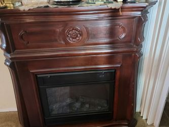 Electric Fireplace for Sale in Long Beach,  CA