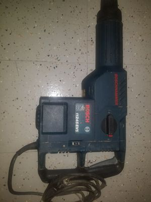 """Bosch 11245EVS 6"""" Corded Rotary Hammer Drill for Sale in Fairfax, VA"""