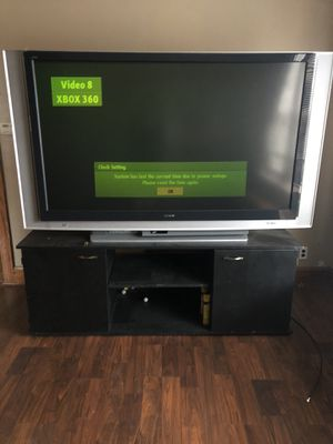 """75 """" Sony TV with control and TV stand for Sale in Chicago, IL"""