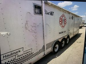 2car hauler enclosed 37ft trailer for Sale in Raleigh, NC