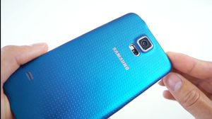 """Samsung Galaxy S5,, """"Factory Unlocked Condition Excellent"""" (Like Almost New) for Sale in Springfield, VA"""