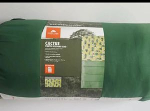 Ozark trail youth sleeping bag, Cactus for Sale in Austin, TX