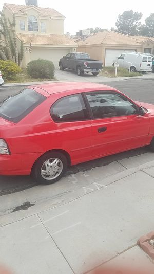 2002 Hyundai accent 2dr for Sale in Henderson, NV