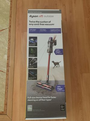 Dyson V11 Outsize Cordless Stick Vacuum Cleaner for Sale in Costa Mesa, CA