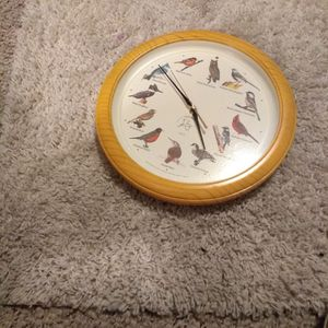 Wall Clock Every Hour Will make A Sound Of the Bird for Sale in Salt Lake City, UT