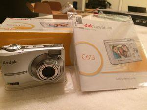 Kodak Easy Share Zoom Digital Camera with Docking Station for Sale in Phoenix, AZ