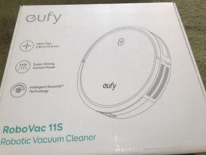 Eufy robo vacuum!! for Sale in University City, MO