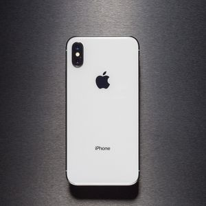 Brand new iPhone X 64gb (White) for Sale in Seattle, WA