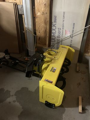 New electric lift snowblower for Sale in Pine River, MN