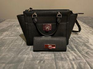 Black Michael Kors bag & Wallet for Sale in Evergreen Park, IL