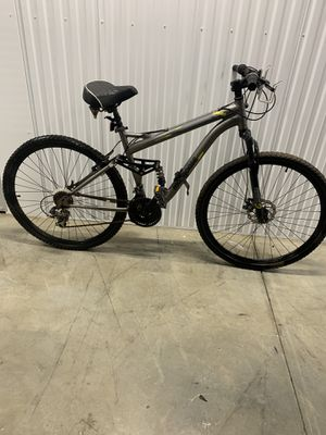 """Schwinn mountain bike size 29"""" for Sale in Orange, CA"""