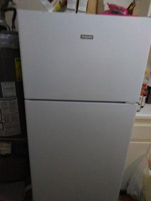 Hotpoint refrigerator for Sale in San Bernardino, CA