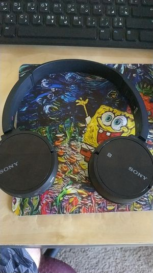 Bluetooth headphones sony for Sale in Peoria, AZ