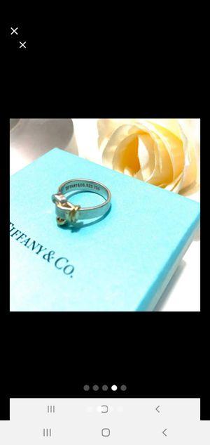 TIFFANY & CO 925 750 HOOK&EYE 18k Gold Ring for Sale in Lexington, NC