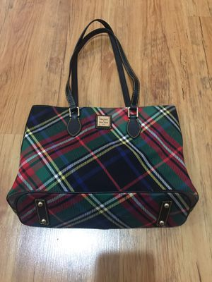 Dooney and Bourke Medium Size Tote Bag for Sale in Canal Winchester, OH