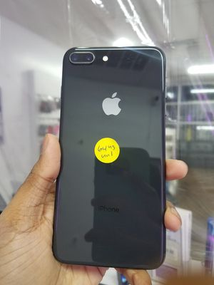 IPhone 8 plus 64gb Factory Unlocked Excellent Condition with FREE Charger And 30days warranty for Sale in Garland, TX