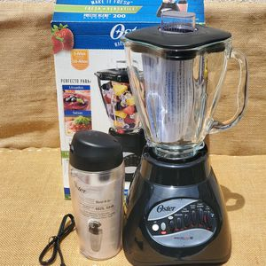 NEW OSTER 10 speed 2- in -1 Blender and Blend-N- Go System Cup for Sale in Paramount, CA