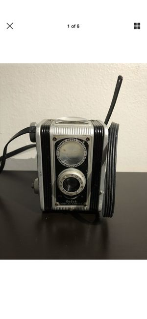 Vintage Kodak Duaflex Camera With Focusing Lens & Strap for Sale in Brooklyn, NY