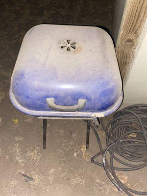 Aussie bbq grill for Sale in Modesto, CA