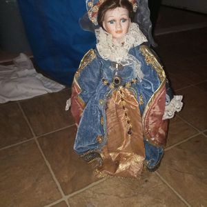 3 Vintage Porcelain Dolls 150 O.BO for Sale in Dallas, TX