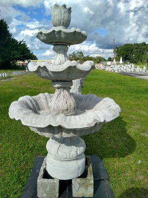 Solid Concrete Fountain for Sale in Lake Wales, FL