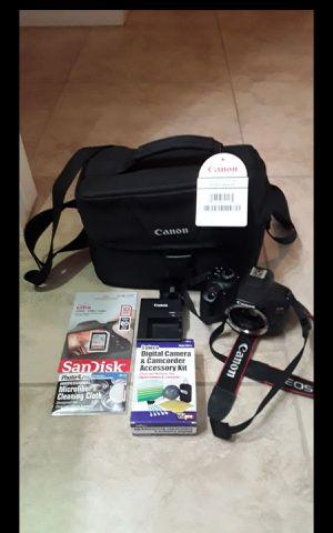 Canon rebel t6 bundle for Sale in Montclair, CA