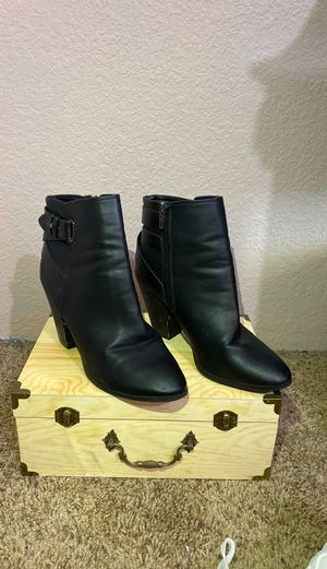 Charlotte Russe Black High Heel Boots SIZE 8 for Sale in Hesperia, CA