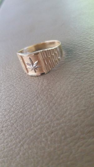 Gold ring for Sale in Lakeland, FL