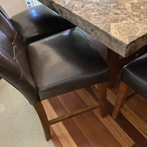 7 Peace Dining Table for Sale in Hillsboro, OR