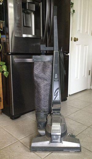 vacuum cleaner for Sale in Chesapeake, VA