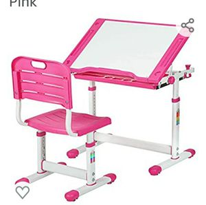 Pink kids desk and chair for Sale in Nuevo, CA