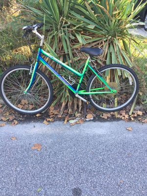 Bicycle size 26 for Sale in Norfolk, VA
