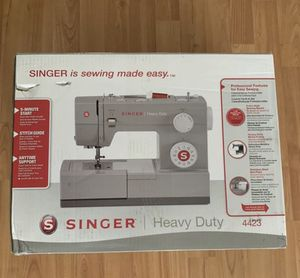 Singer Heavy Duty Machine for Sale in Los Angeles, CA