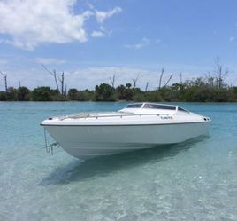 24ft SCARAB for Sale in Fort Lauderdale,  FL