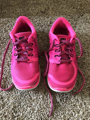 Pink NIKE's for Sale in Prineville, OR