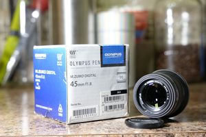 Olympus 45mm for Sale in Vancouver, WA