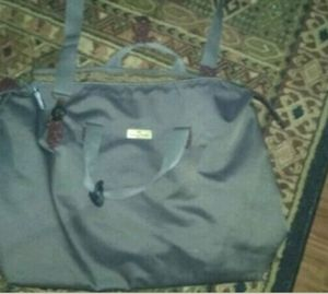 Tommy Bahama duffle bag for Sale in Clayton, NC